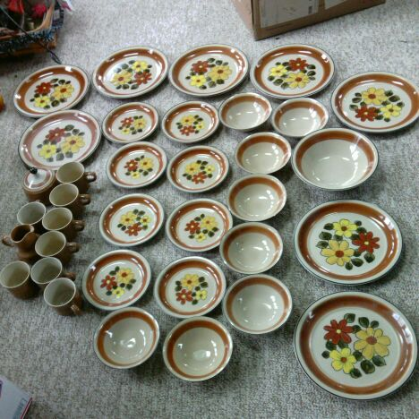 Daisy Vale Vintage Stoneware Dishes