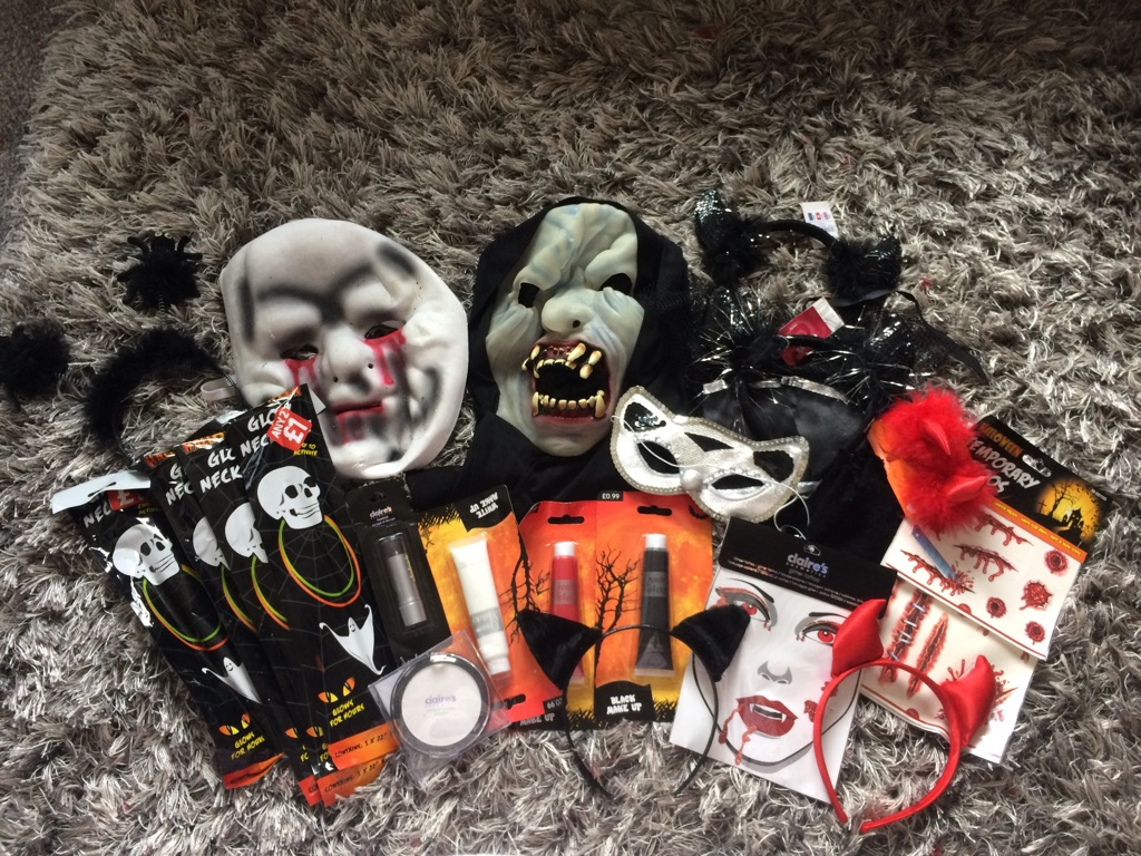 Halloween fancy dress bundle