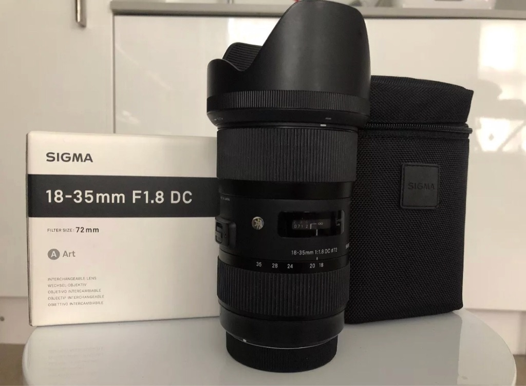Sigma camera lens 18-35mm F 1.8 DC, Art series-like new