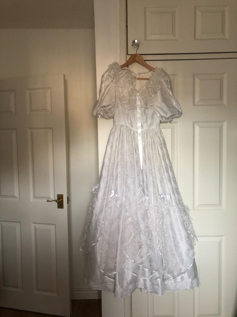 Bridesmaids dress and wedding dress
