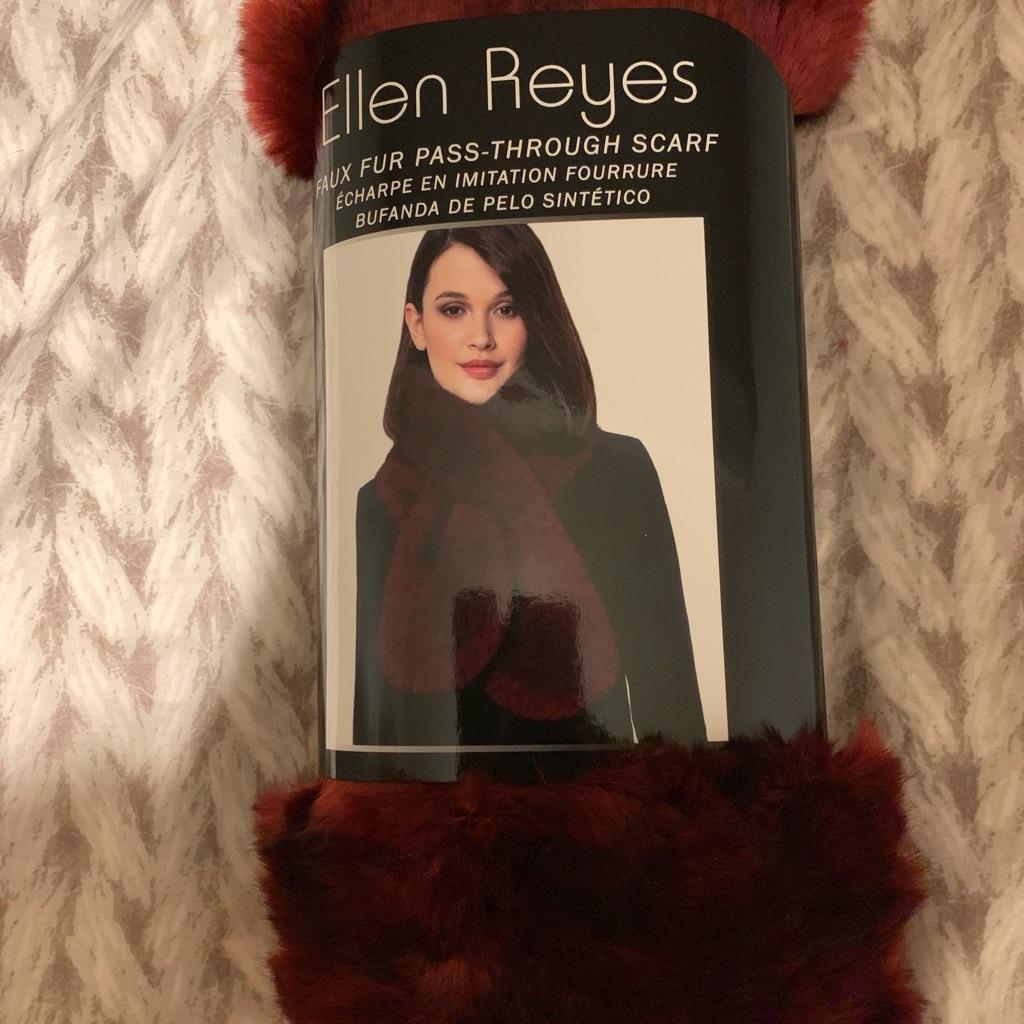 Ellen Reyes Scarf (red wine colour)