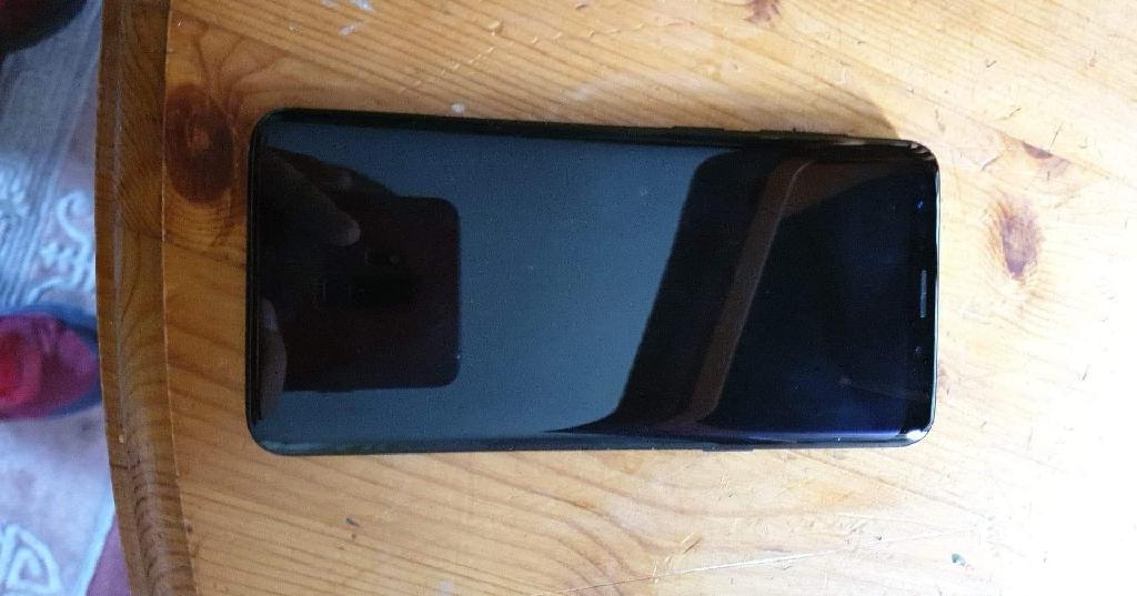 Samsung galaxy s9 64gb boxed and unlocked