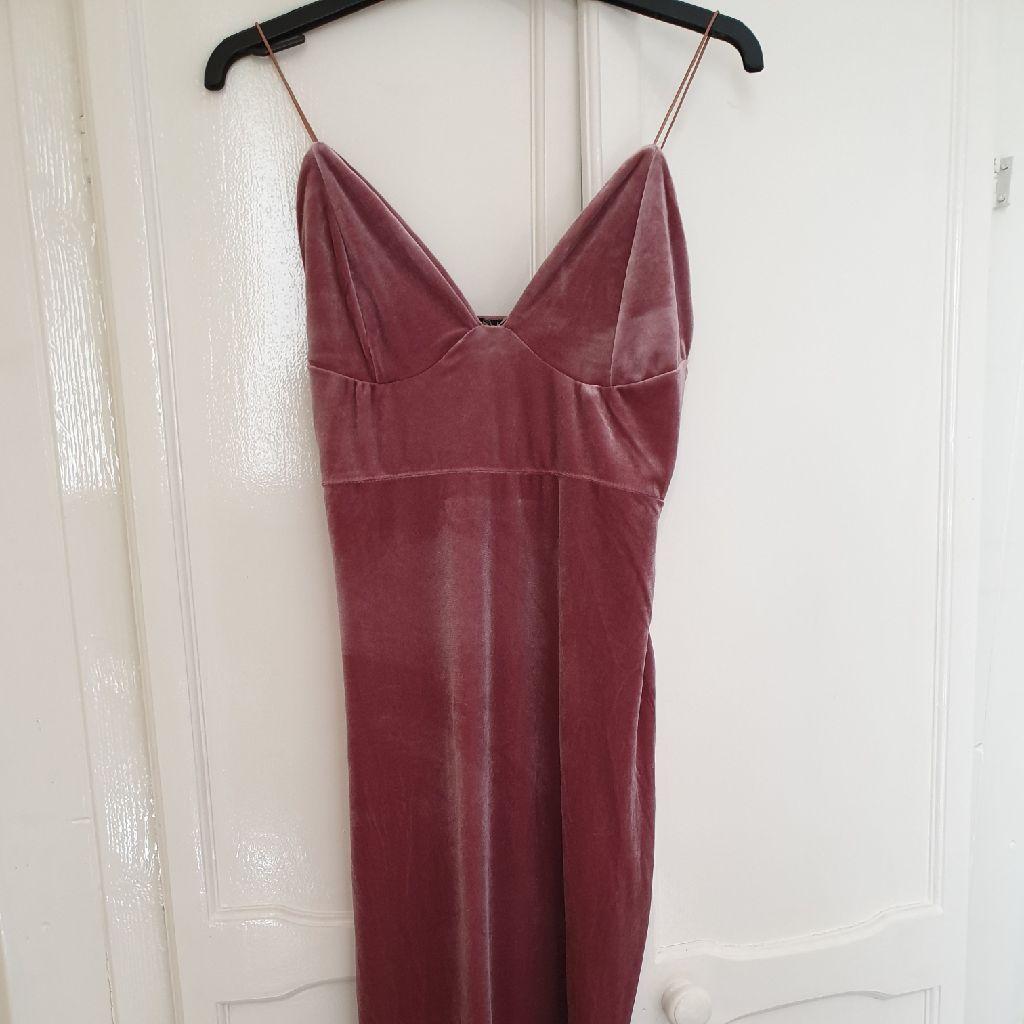 Boohoo velvet dress 12