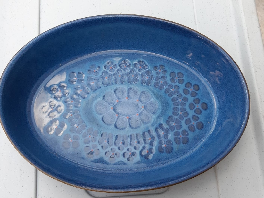 "Oval & fluted flan Denby oven to tableware dishes in ""Midnight"" design"