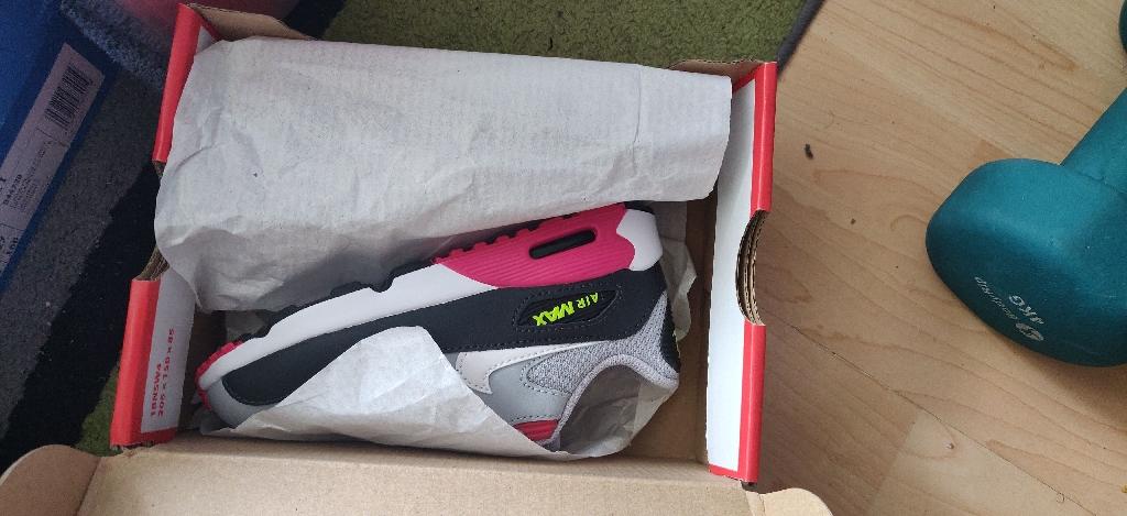 Unisex Nike Air Max 90