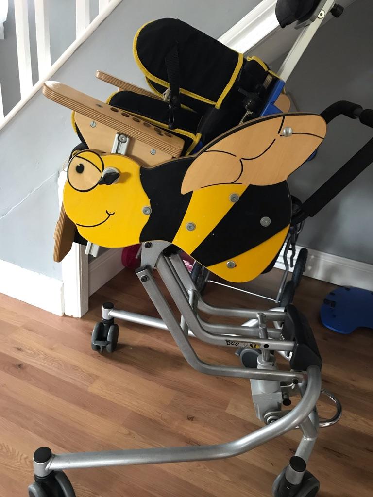 Jenx bee chair