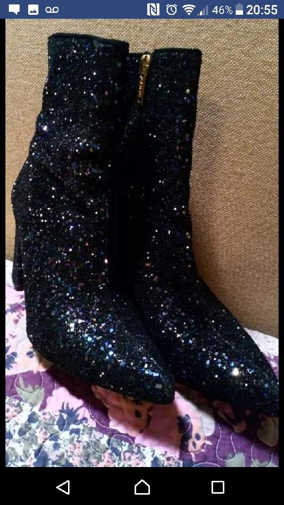 Carvella boots