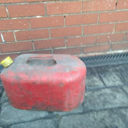 petrol can for sale