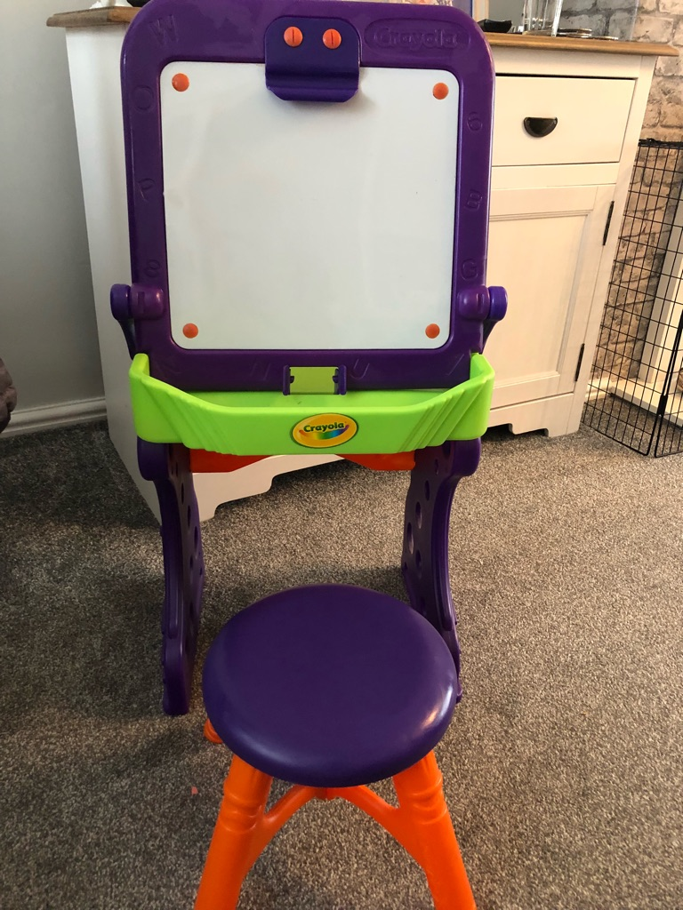 Crayola drawing table
