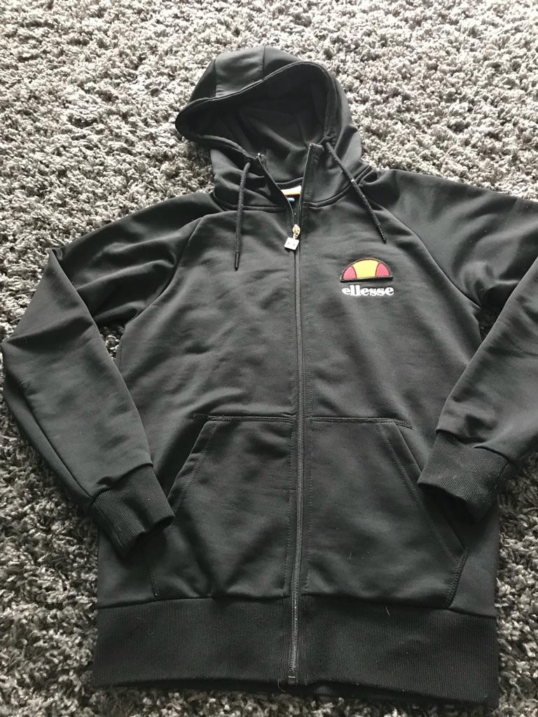 Ellesse hoodie size 8/10 fab con