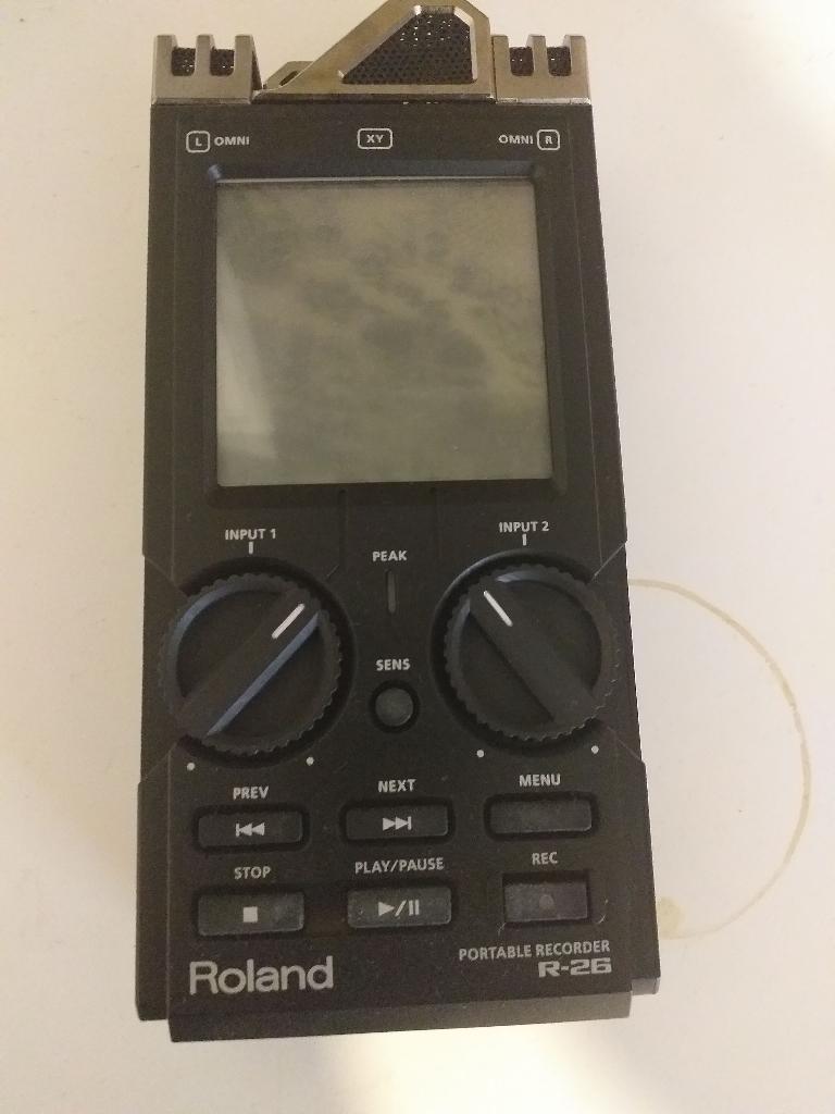 Recorder Roland R-26