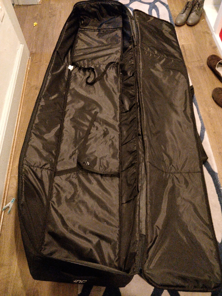 Double ski or snowboard trolley travel bag