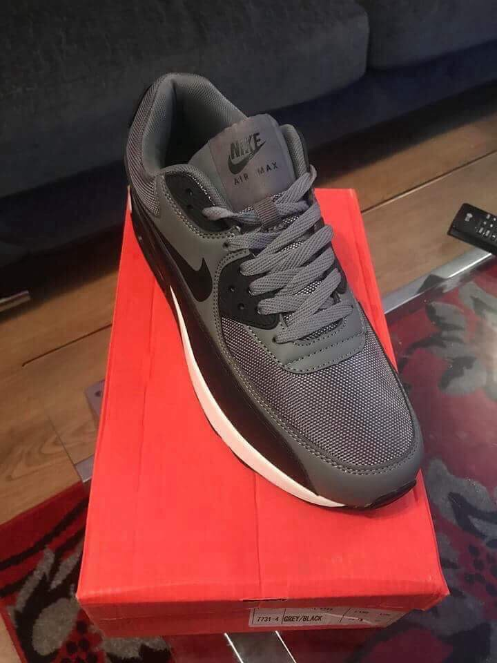 New Nike trainers size 9 £25 Each