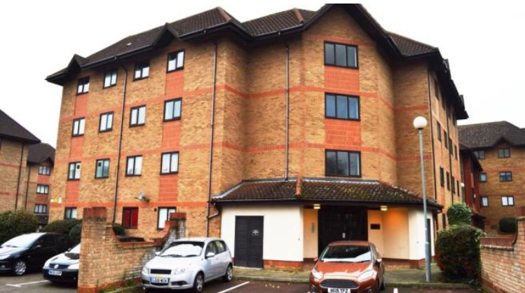 Fantastic 2 double bedroom for sale in Crystal Palace se20 8dw