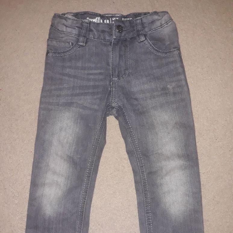 Boys jeans 2-3yrs