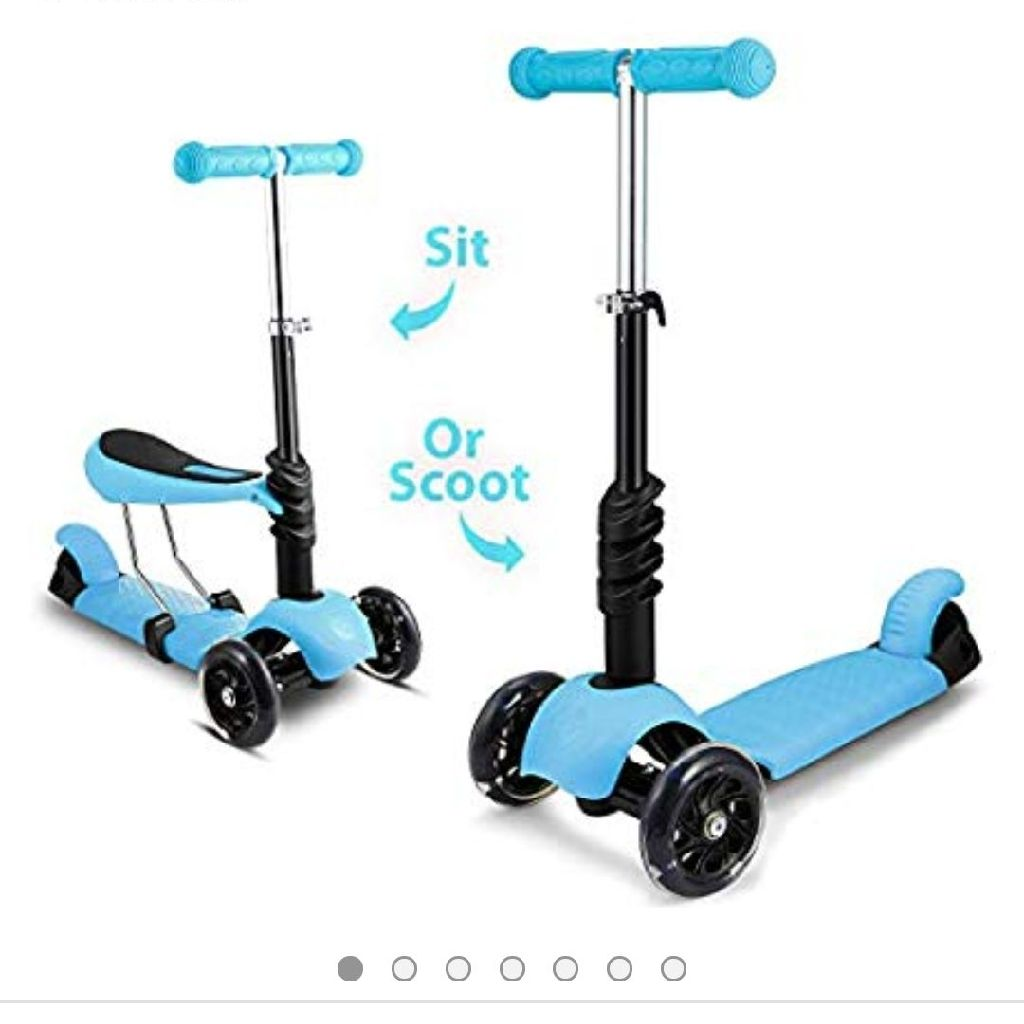 Scooter with detachable seat