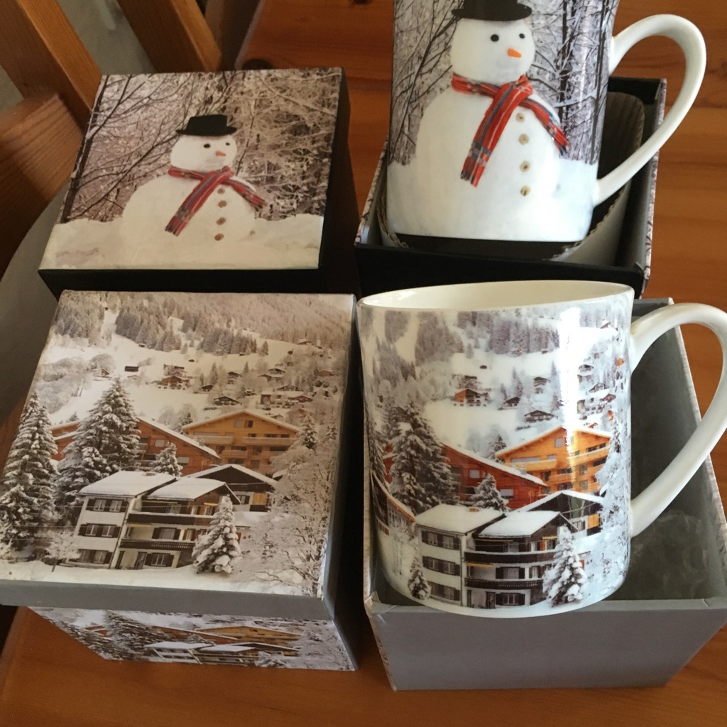 4 x boxed Christmas mugs- New