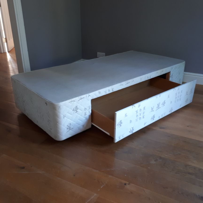 3ft single divan bed base with large integral drawer.