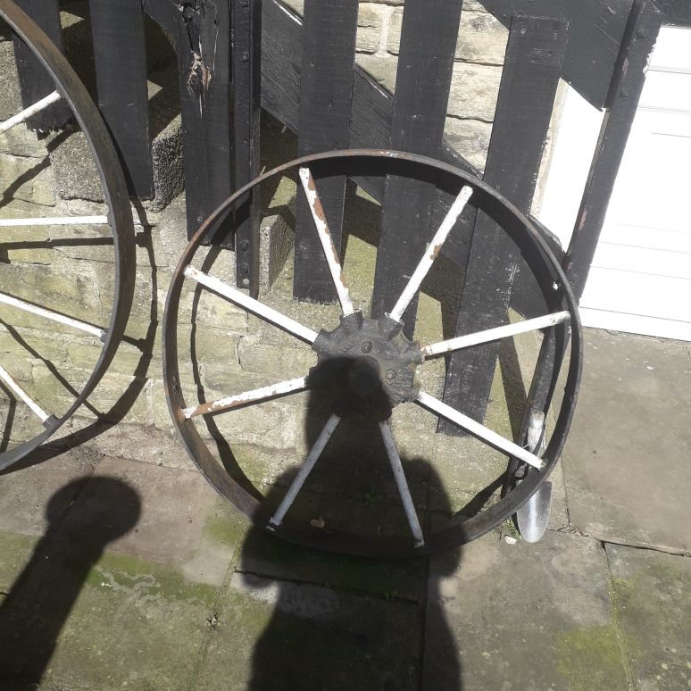 Cast iron wagon wheel