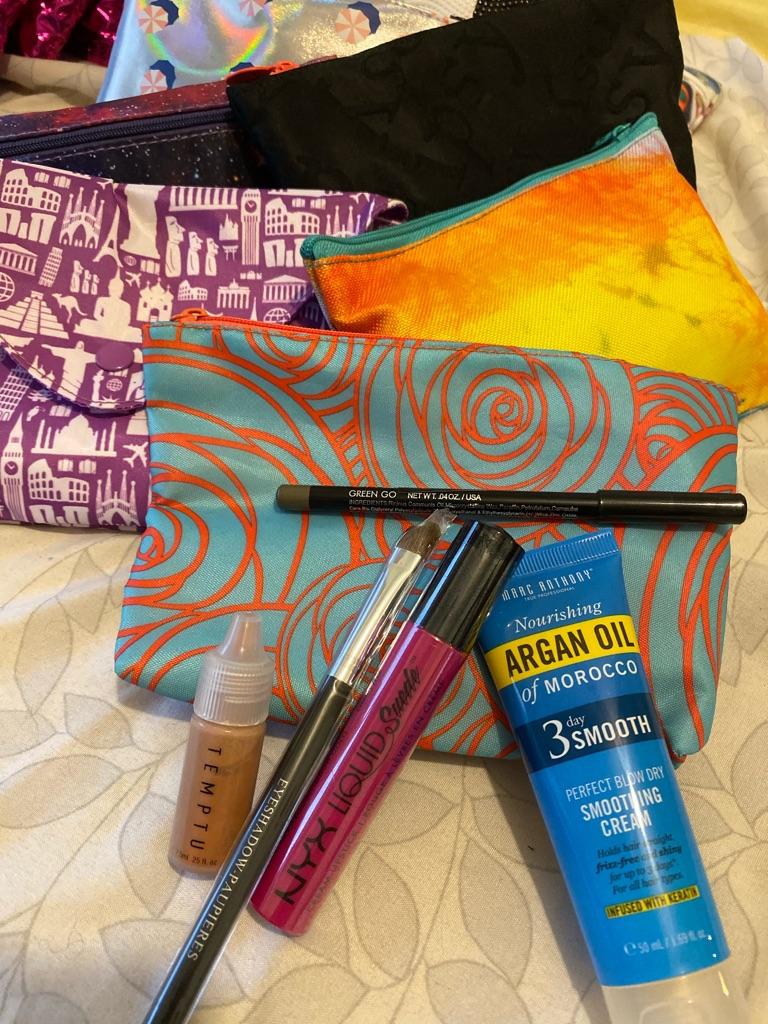 Glam makeup bags