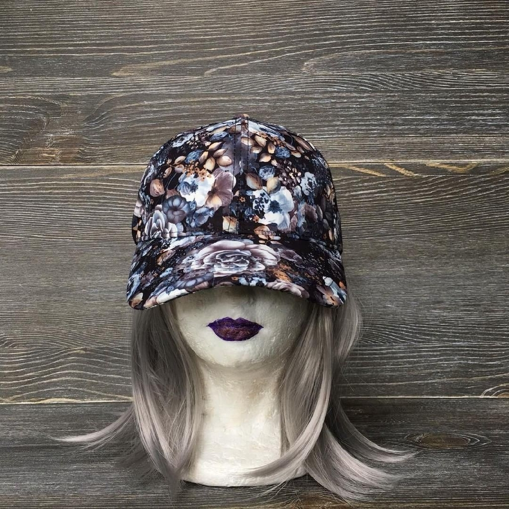 Floral adjustable hat