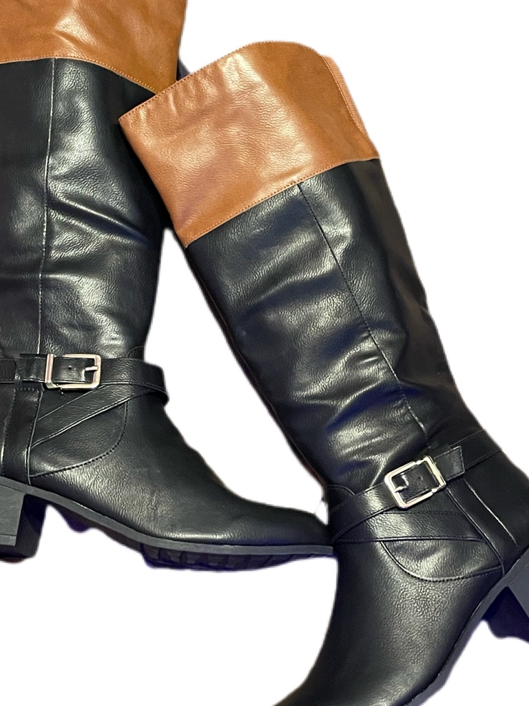 Style & Co Venesa Black/ Barrel Boots Size 10