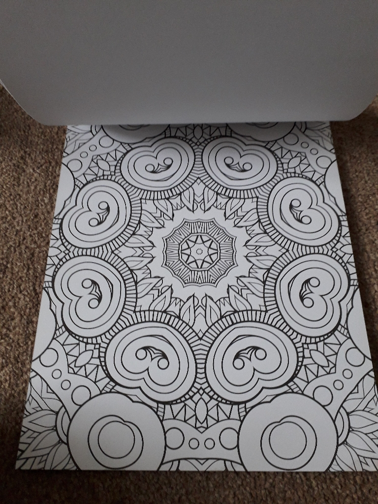 Large colouring pad