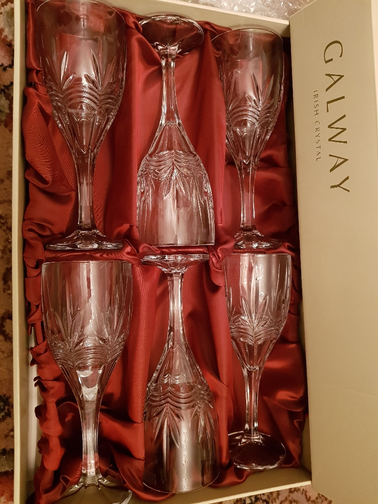 BNIB 6 x Galway Irish Crystal Wines Glasses