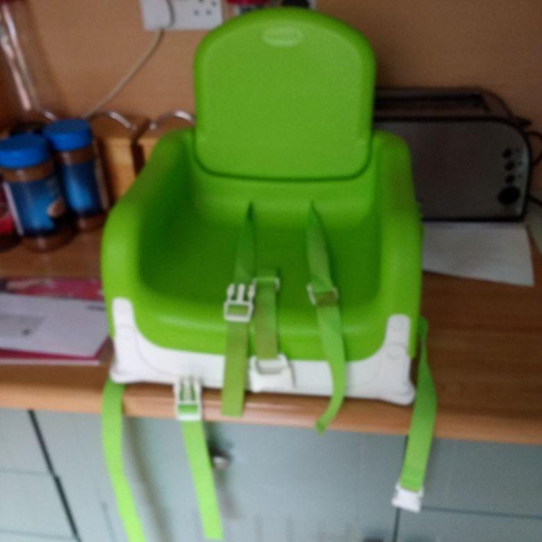 Munchkin feeding chair