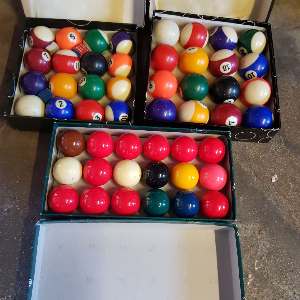 Pool balls snooker balls