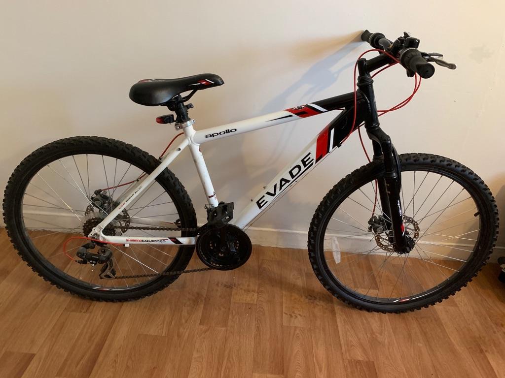 Evade Apollo Bike