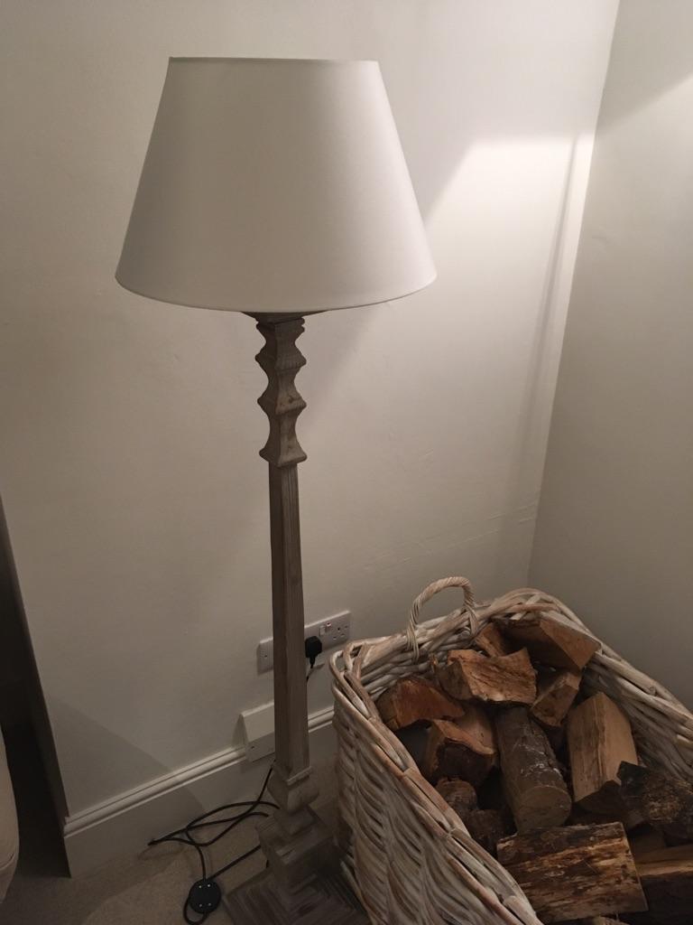 Standing lamp - brand new!