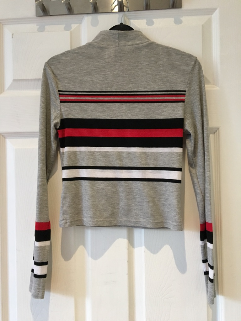 H&M Long Sleeved Cropped top