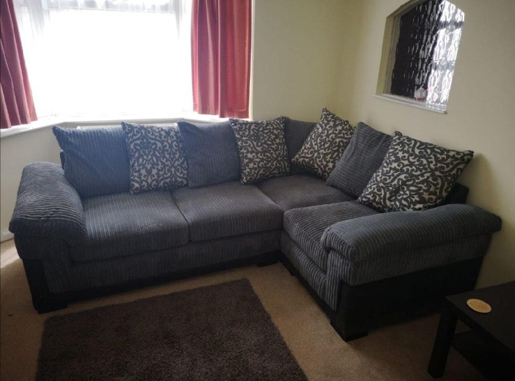 Great cord phoniex corner sofa