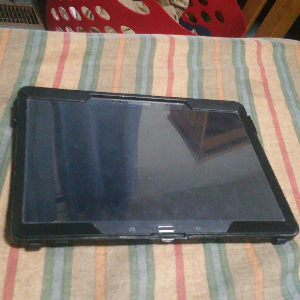 Samsung Galaxy tab s 10.5 with Otter box case