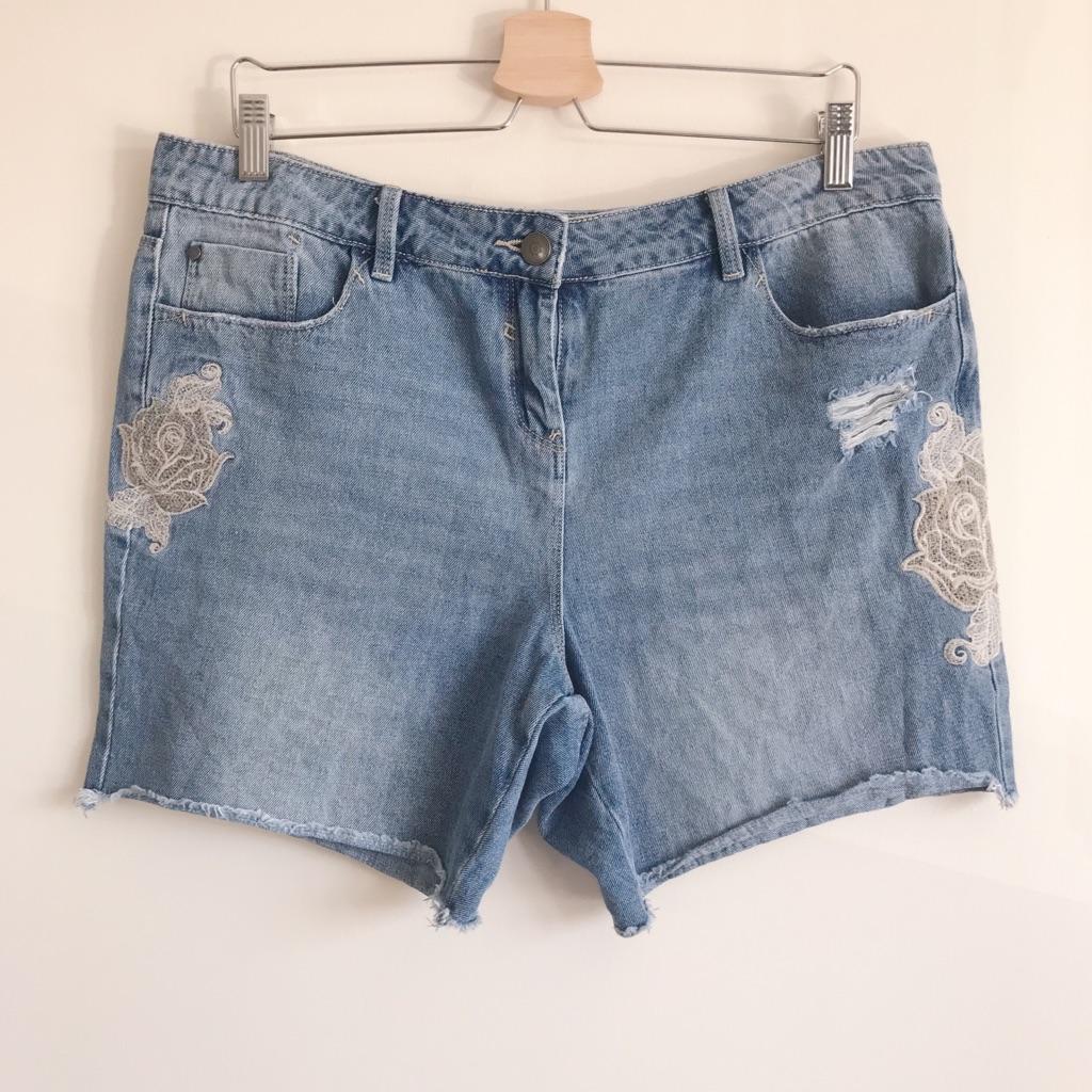 George Rose Embroidered Light Blue Denim Shorts