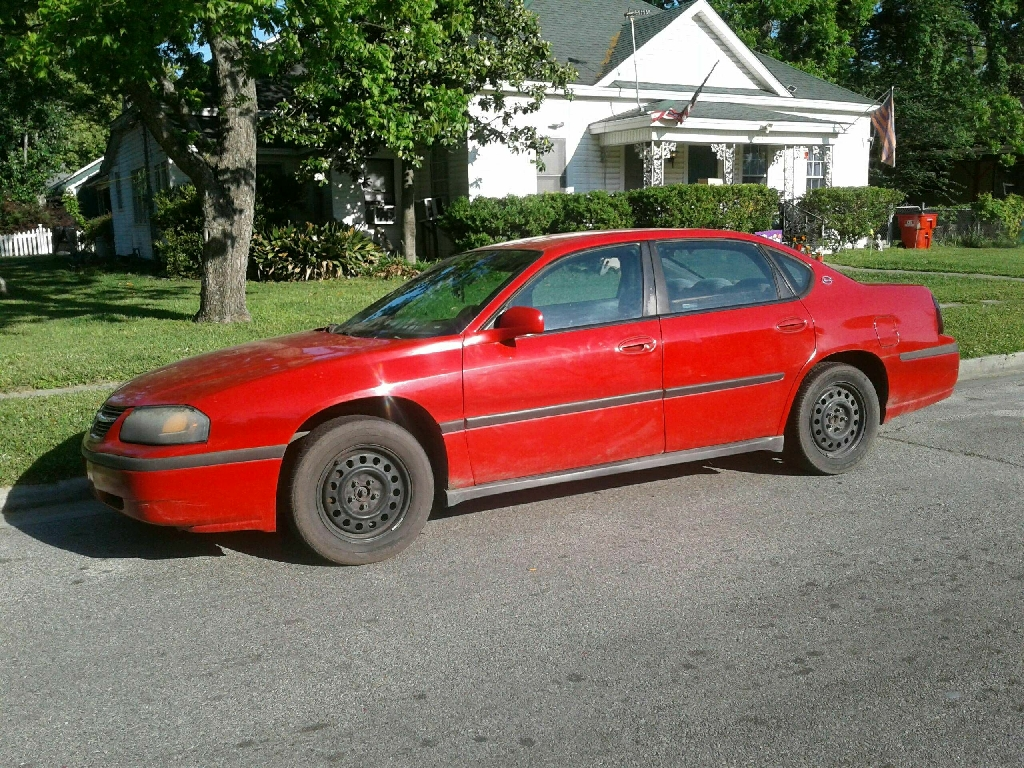 2003 Chevy Impala (PRICE NEGOTIABLE)