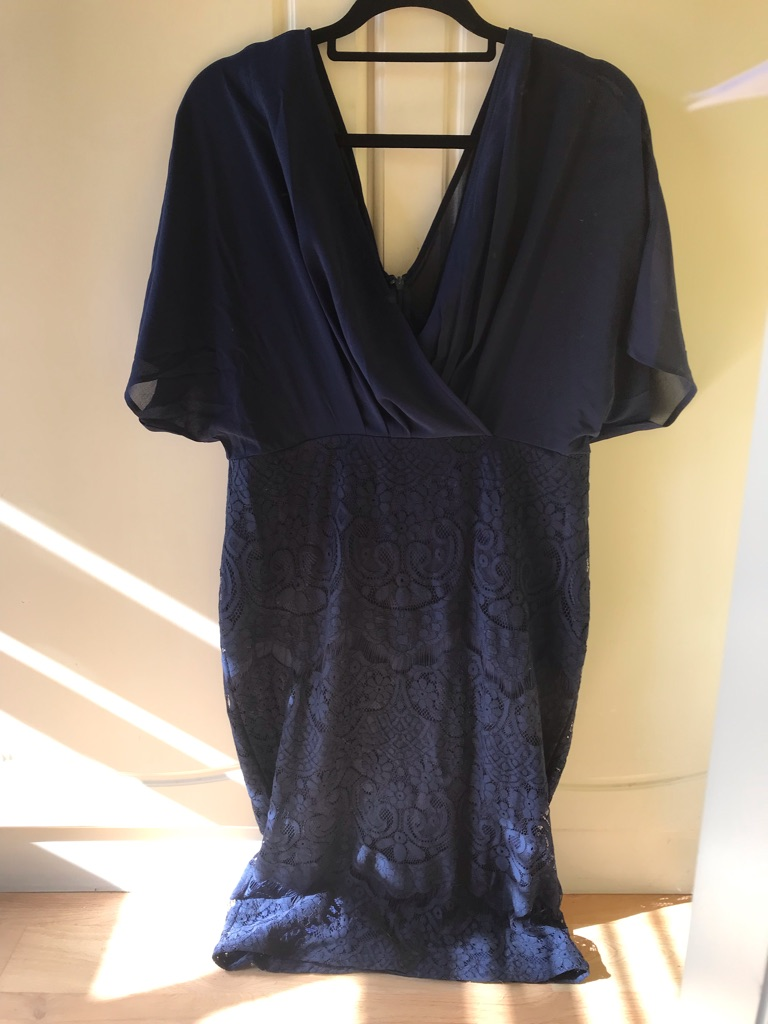 Pink Boutique Navy elegant dress
