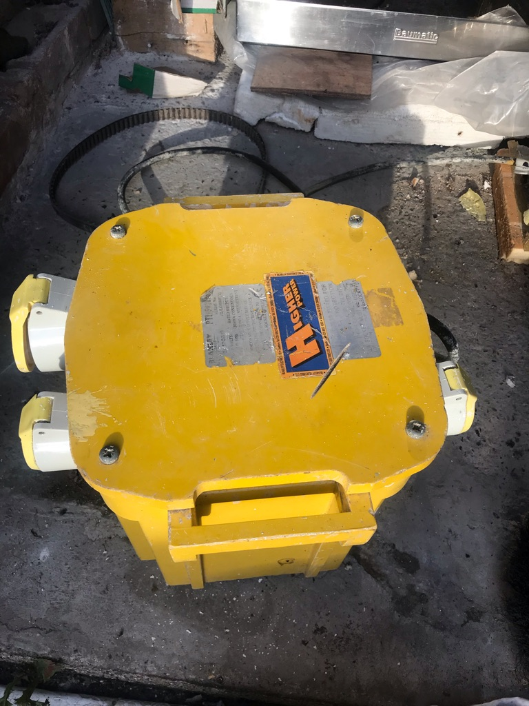 Portable Site Transformer - 3.5 kVA with 3 output sockets - used £80