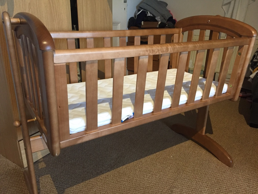 Troll swing crib