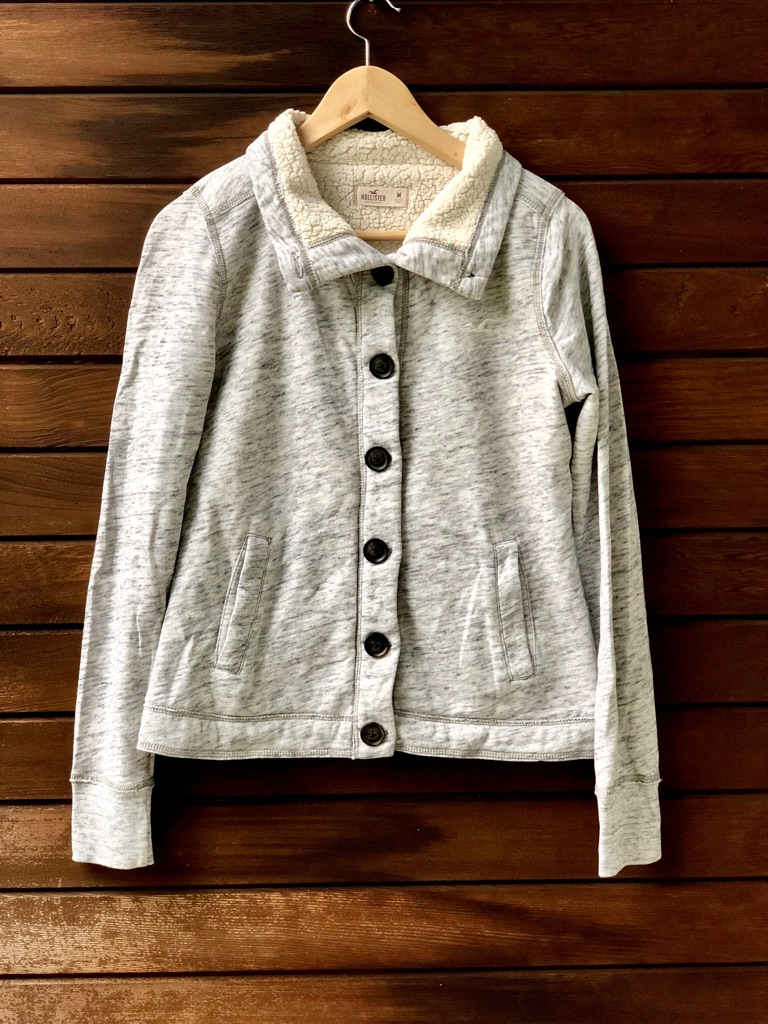 Hollister hoodie with buttons