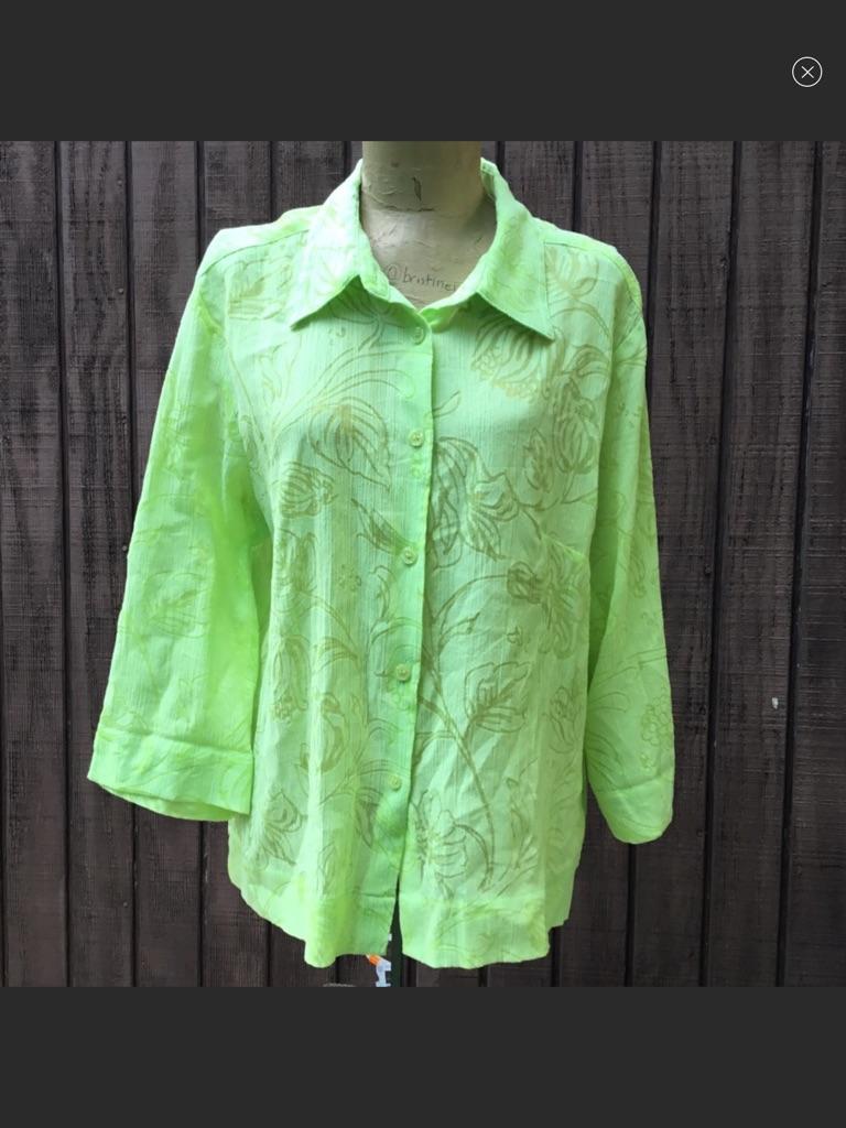 St. John's Bay Green Long Sleeve Button Up Blouse