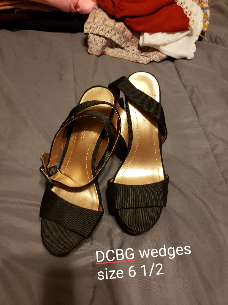 Wedges, detail in pic