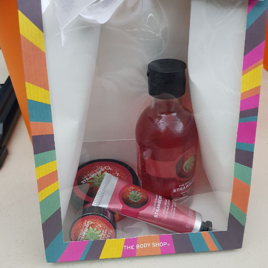 Strawberry Body shop Gift set