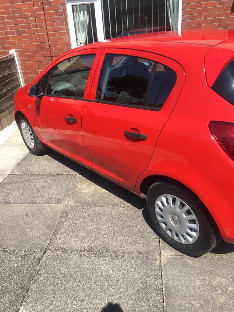 Vauxhall corsa life 5 door 1.2 50,000