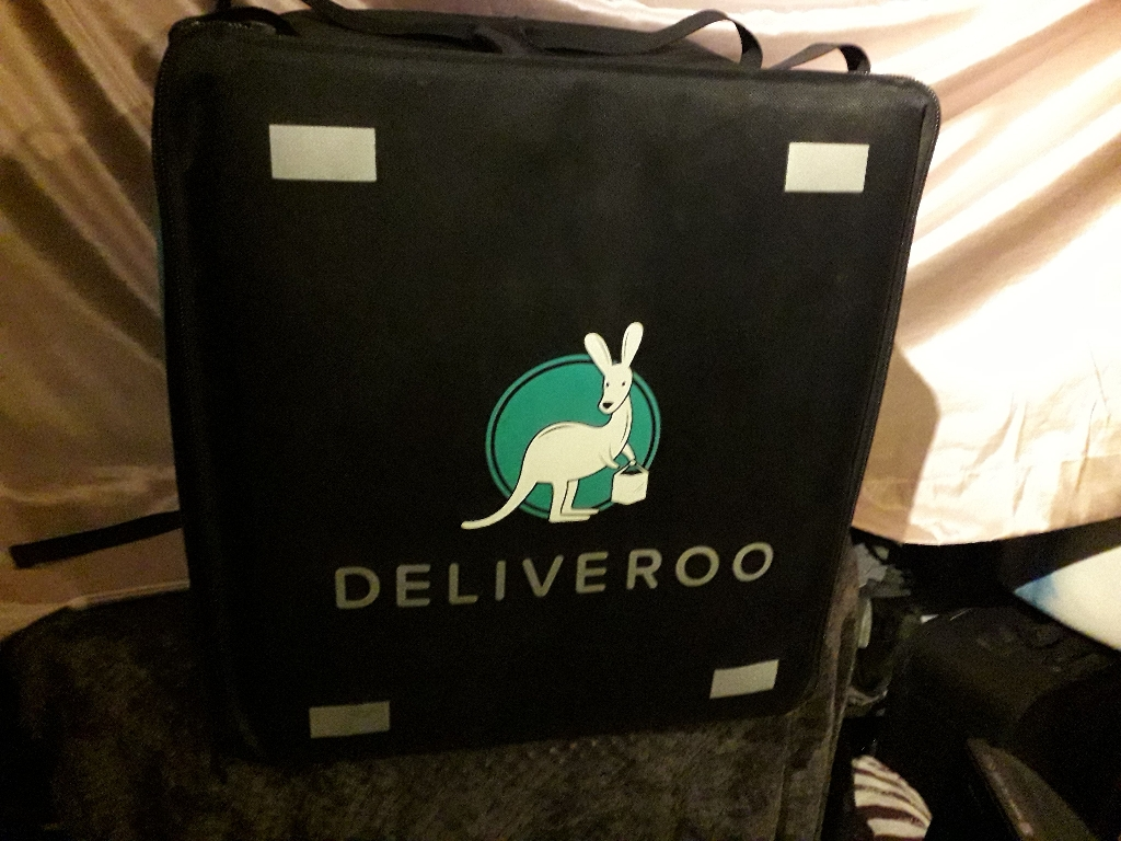 DELLIVEROO Back Pack Box