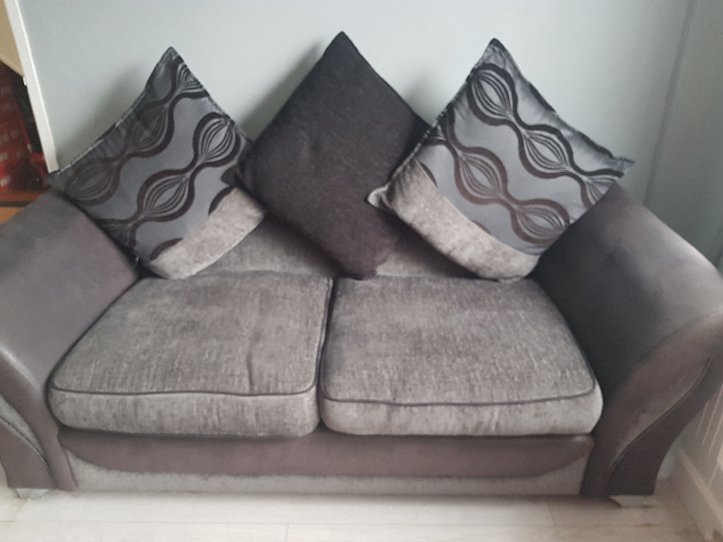 3 seater & large cuddle chair