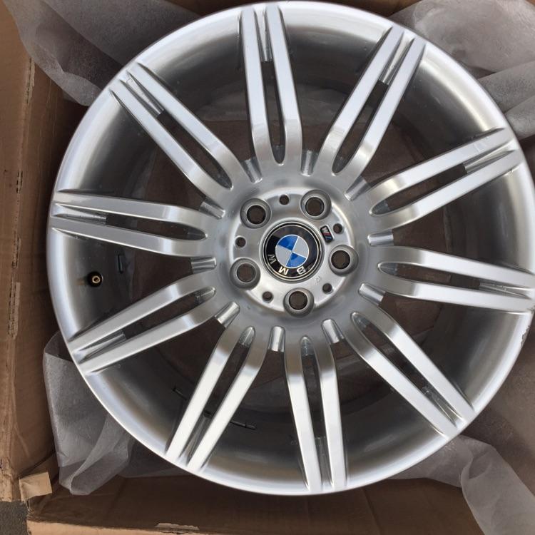 "Genuine 172m BMW spyder 18"" alloy wheels"