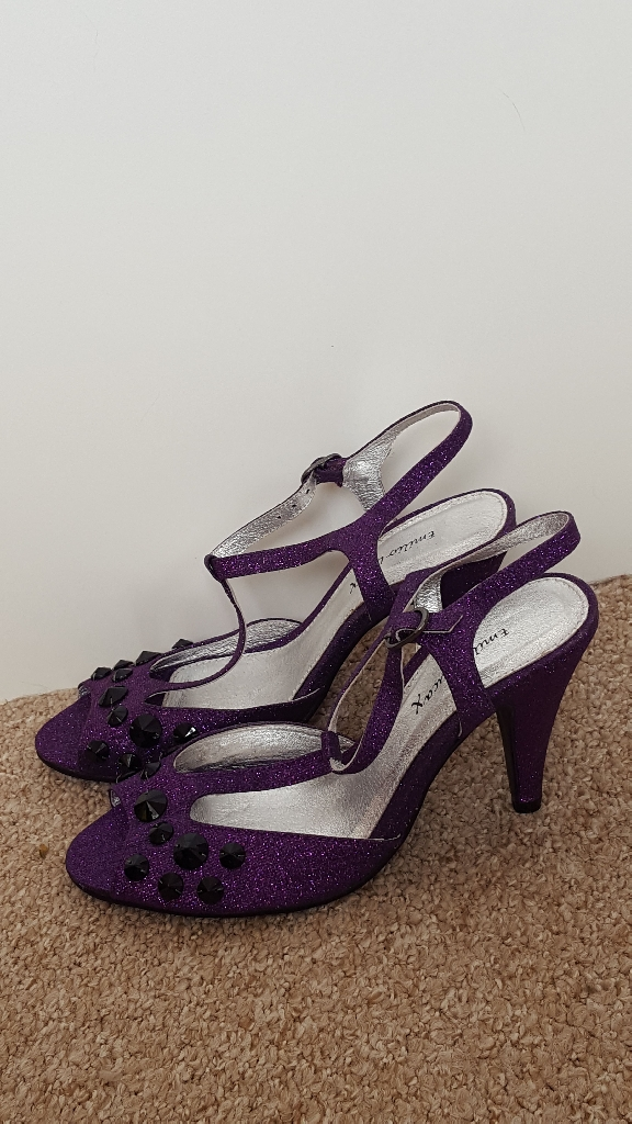 Ladies purple glitter sandals