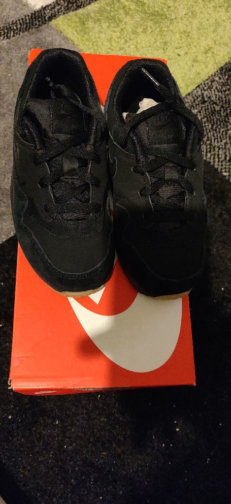 Brand New girl's Nike Air Max 1